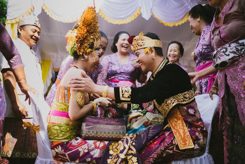 Larangan Adat Bali dalam Isi Seserahan Pernikahan
